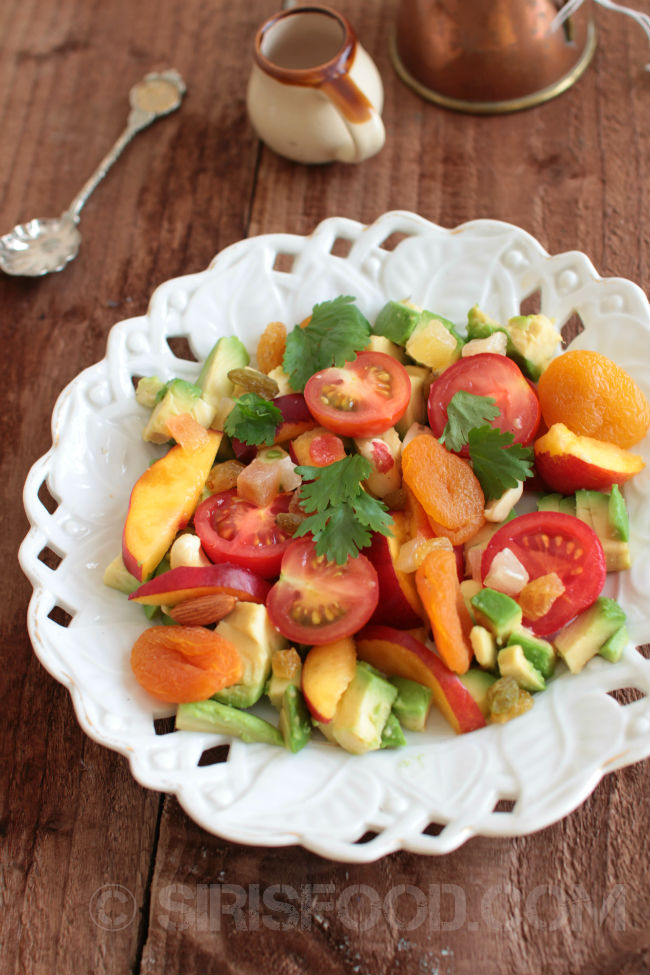 Avocado-Peach-Salad